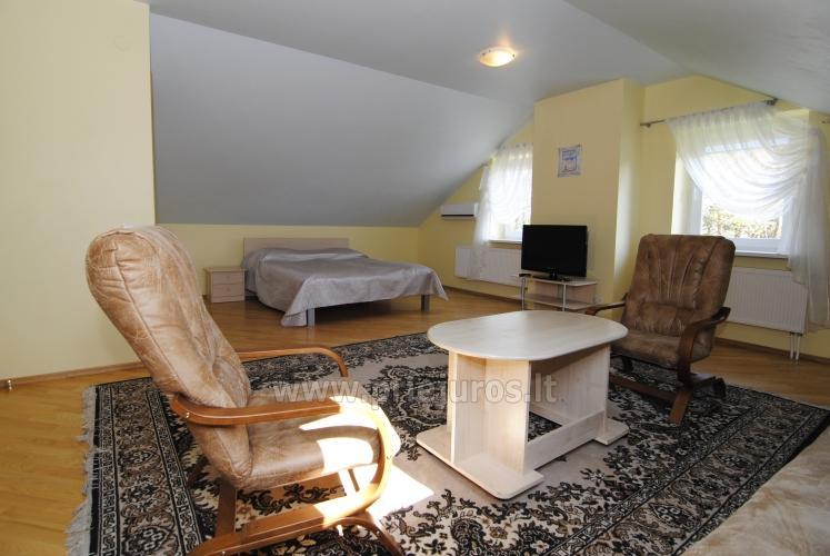 Nr. 5 Vieno kambario liuksas 45m2 (trečias aukštas) su atskira mini virtuve