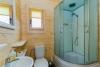 Vonios kambaryje: dušas, WC, praustuvė