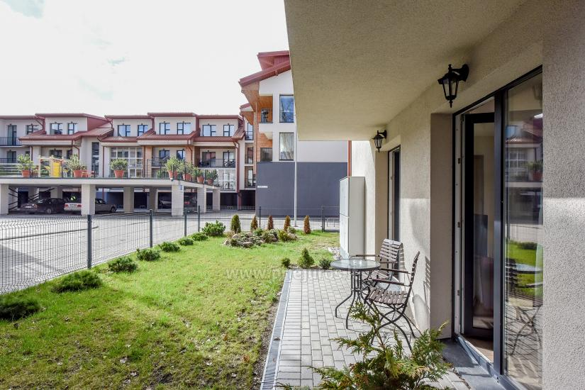 Nauji 2 kambarių apartamentai MALŪNO VILOS: pirmas aukštas, terasa-kiemelis - 5