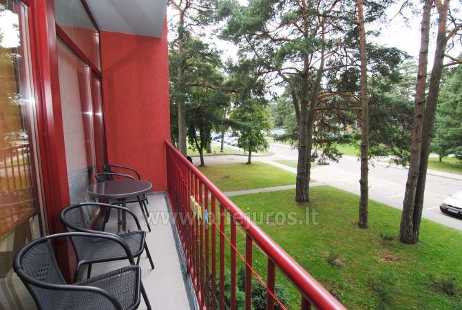 Dviejų kambarių apartamentai su balkonu Palangoje, 700m iki jūros