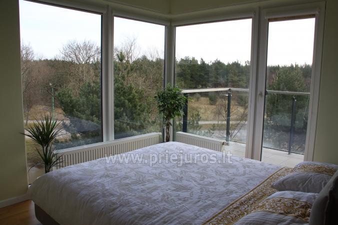 Ramaus poilsio apartamentai su balkonu ar terasa. 10min iki jūros! - 5