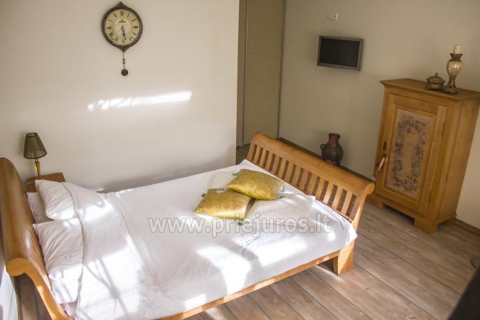 Просторный (50qw.m) двухкомнатная квартира с террасой и отдельным входом - 2