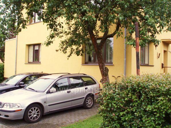 Triviečio ir keturviečio kambarių nuoma Palangos centre: balkonas, WiFi, pavėsinė kieme - 4