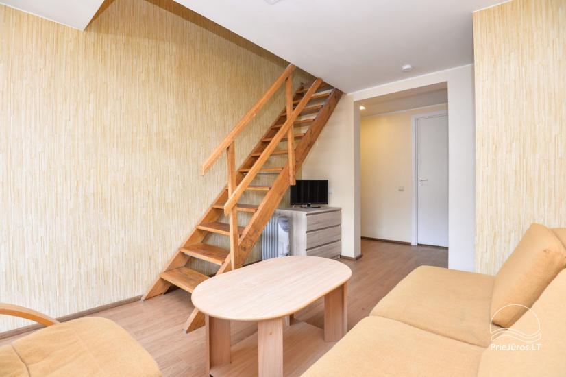 Apartments in Neringa: Terrasse / Balkon mit Blick auf die Lagune, Wi-Fi - 11