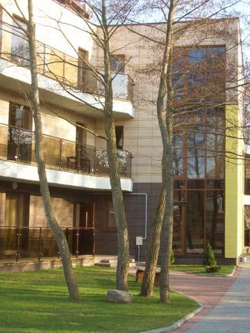 Stilvolle, geräumige 2-Zimmer-Ferienwohnung Inga mit Kamin und 14 m² Terrasse - 17