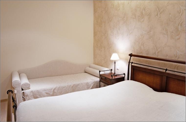 Stilvolle, geräumige 2-Zimmer-Ferienwohnung Inga mit Kamin und 14 m² Terrasse - 12