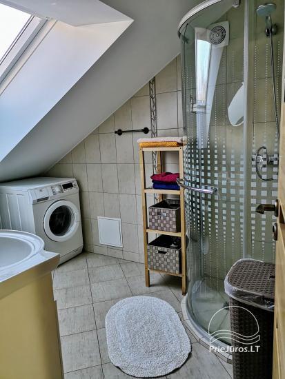 Divas istabas dzīvoklis ar kamīnu Ligzda II īre Nidā - 10