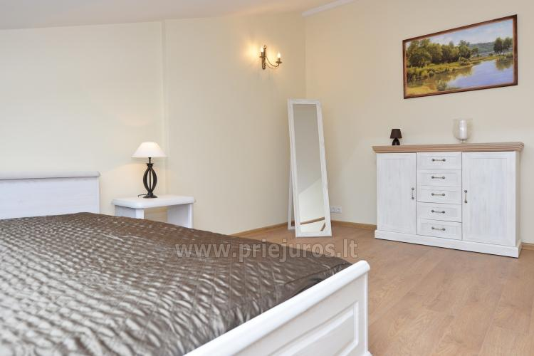 Bedroom with double bed on the third floor