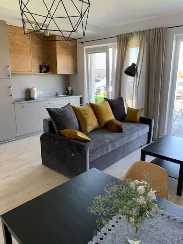 Apartamentų nuoma Palangoje ir Kunigiškėse. Butas prie baseino