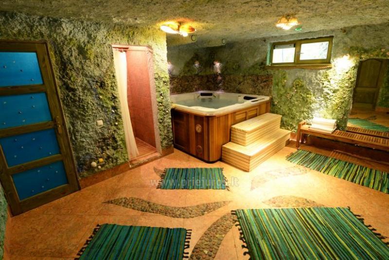 Private villa in Palanga: sauna, Jacuzzi, children's swings. 150 m to the sea!