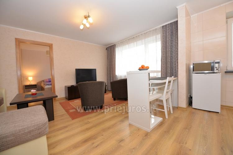 Šiuolaikiškai įrengto dviejų kambarių buto nuoma Klaipėdos centre - 1