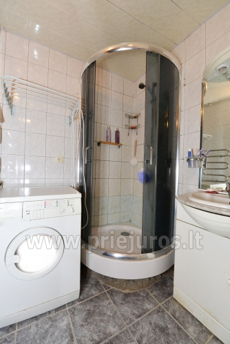 One room for rent in a two-room apartment in Nida - 8