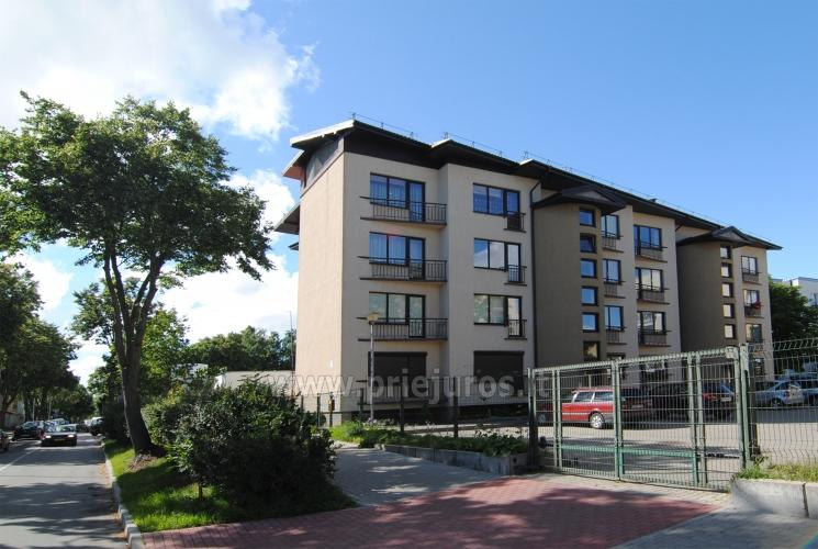 Two-room apartment and rooms for rent in a private townhouse in Palanga