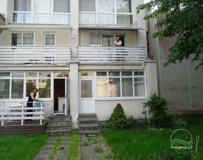 Vieno kambario butų nuoma prie Elijos. Yra balkonas, visi patogumai. Galima ilgalaikė nuoma - 15
