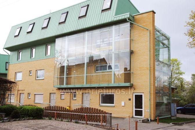 Nuomojamas 70 kv.m., 3 kambarių butas su pirtimi (sauna) Palangos centre - 1