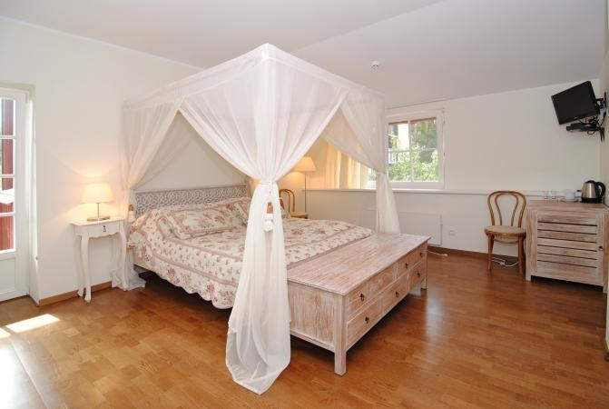 No.  211  Double room with balcony