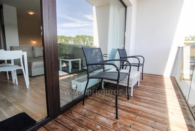 Vieno kambario butas su dideliu balkonu Palangoje - 8