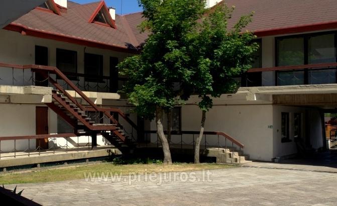 Rasthaus Aukuras: Zimmeren mit Balkon, Küche, allen Bequemlichkeiten