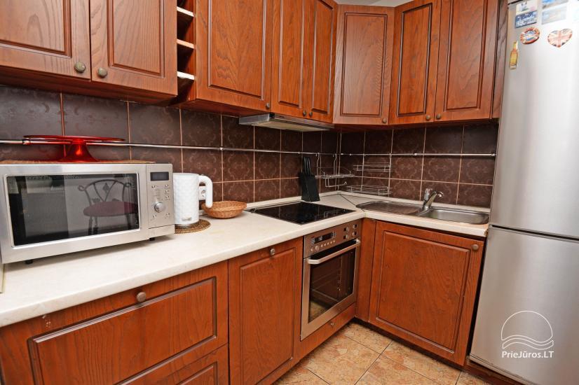 Studijas tipa dzīvoklis centrā: WiFi, lapene pagalmā, gaisa kondicionēšanas - 7