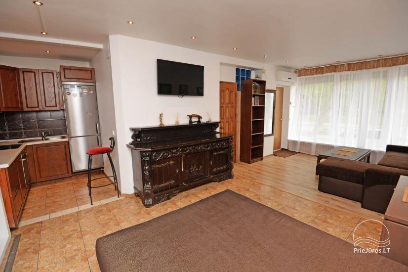 Studio-Apartment im Zentrum: WiFi, Laube im Hof, Klimaanlage - 4