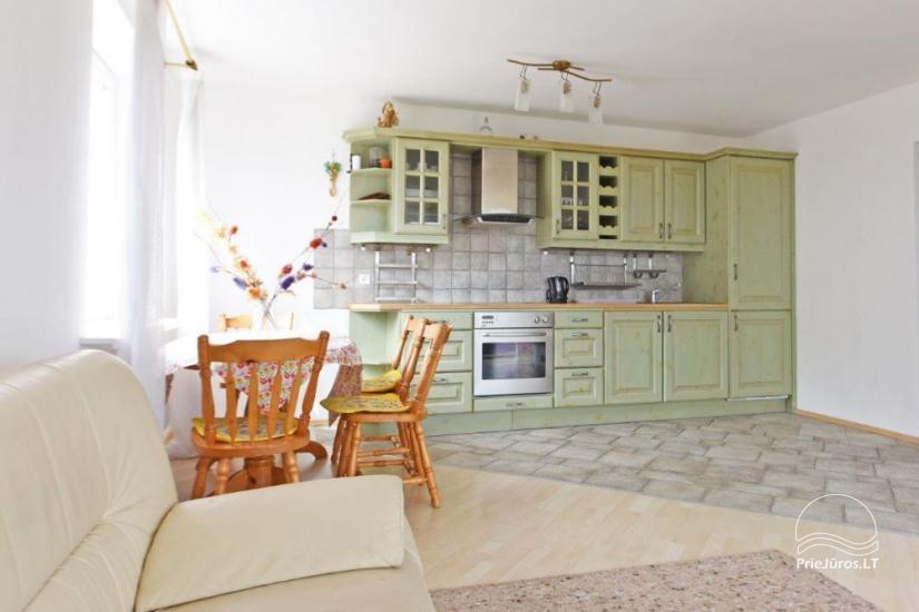 Trijų kambarių butas Juodkrantėje su vaizdu į marias - 9