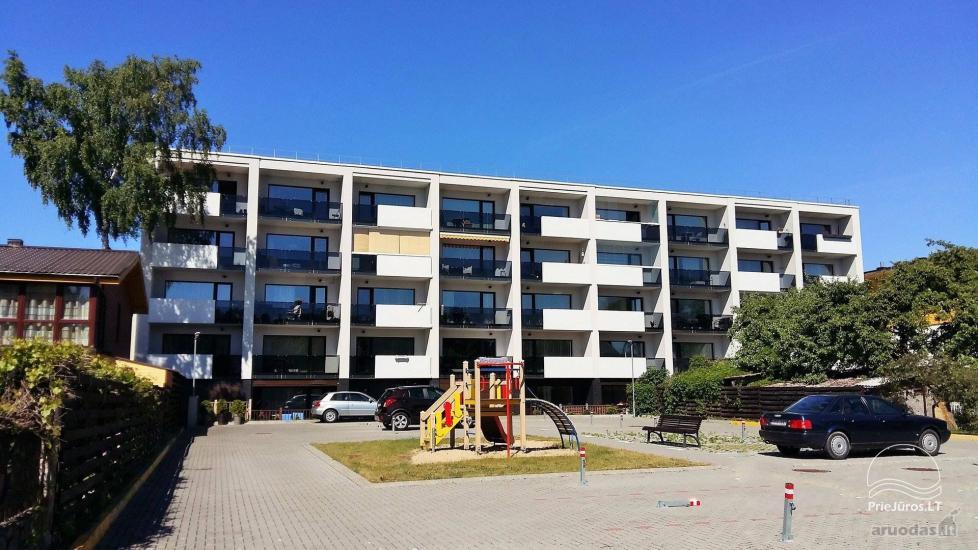 Prabangus 2 kambarių butas Palangoje su atskiru įėjimu ir didele terasa - 9