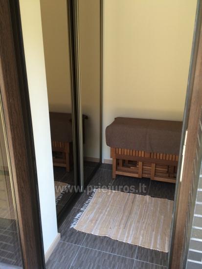 Prabangus 2 kambarių butas Palangoje su atskiru įėjimu ir didele terasa - 7