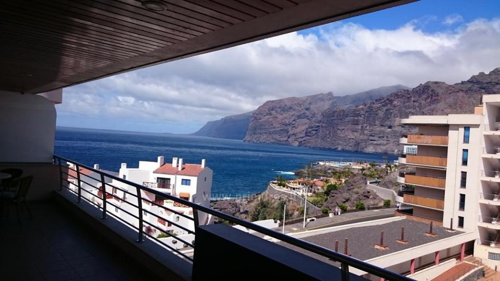 Balcon de Los Gigantes apartments in Tenerife with outdoor swimming pool - 2