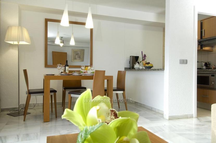 Elegantiško interjero apartamentai Palm Beach Club komplekse - 10