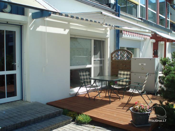 60 qm Wohnung im ersten Stock mit Terrasse, separatem Eingang