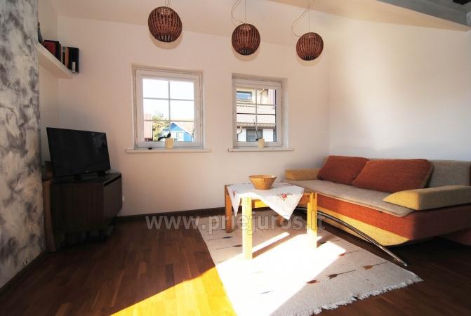 Dviejų kambarių butas per du aukštus Nidoje - 6
