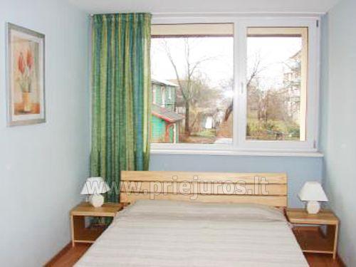 2 kambarių trivietis apartamentas su balkonu, mini virtuve