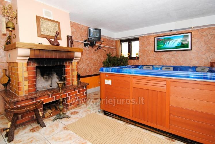 Sauna su baseinu, masažinė vonia šeimyniniuose apartamentuose Po kaštonu*** - 2