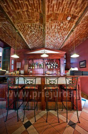 Kavinė - restoranas Juodkrantėje viešbutyje Vila Flora