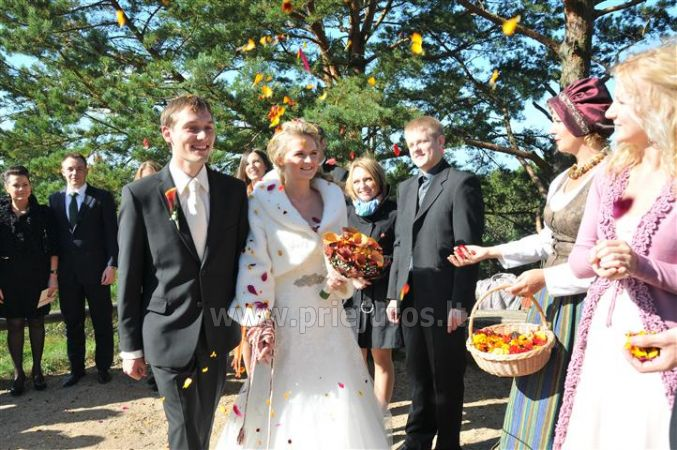 """Tradicinės """"baltos"""" vestuvės"""