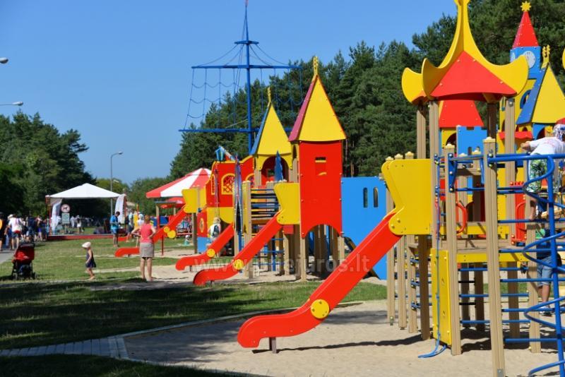 Palangos vaikų parkas: supynės, žaidimai, mini atrakcionai, kavinė, renginukai vaikams
