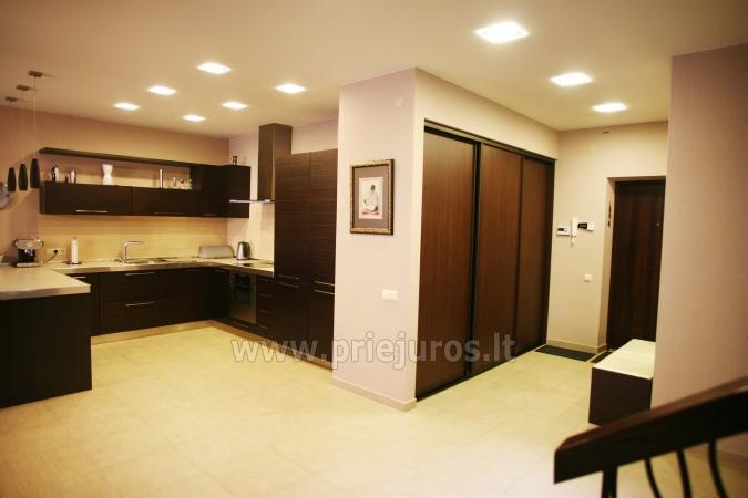 Gut ausgestattete Wohnung in Giruliai