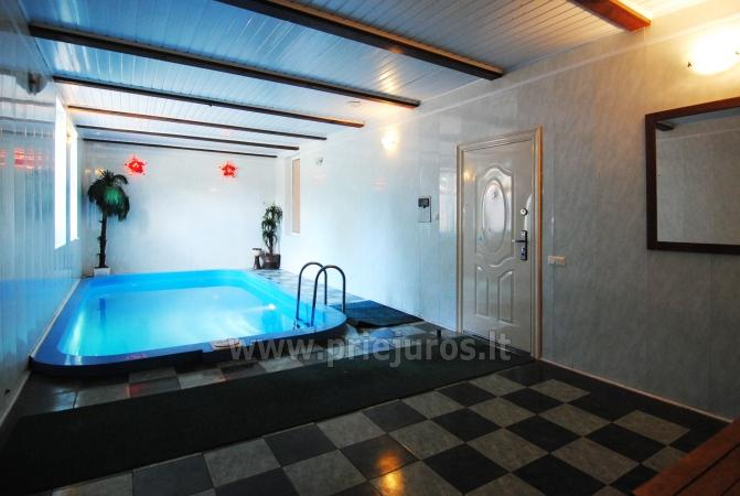 Pirtis, baseinas ir pokylių salė viešbutyje Vėžaičiuose - 2