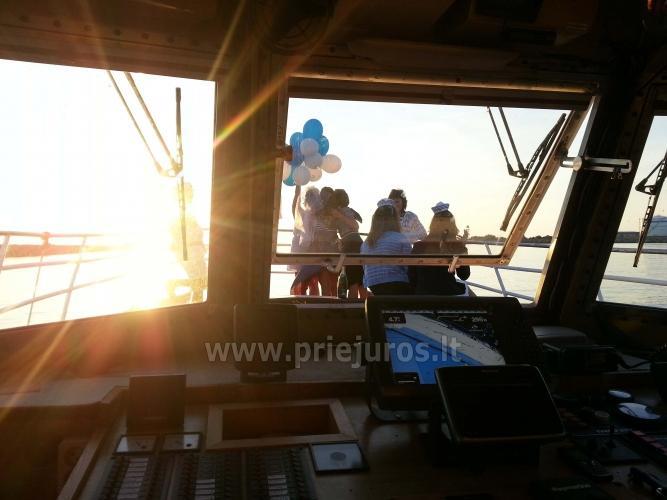 Laivas BRIZO. Laivo nuoma pramogoms. Išvykos laivu į Juodkrantę, Nidą...Menkių žvejyba Baltijos jūroje. Lašišų žvejyba Baltijos jūroje - 6