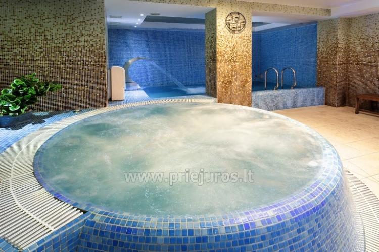 Infrasauna, pirtis, sūkurinė vonia, baseinas, masažas, grožio procedūros viešbutyje Alka **** - 1