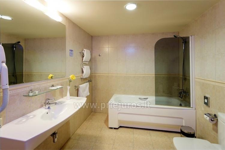 Infrasauna, pirtis, sūkurinė vonia, baseinas, masažas, grožio procedūros viešbutyje Alka **** - 7
