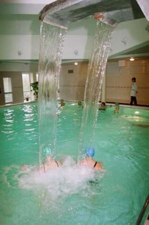 Baseinas su kaskadomis, sauna, gimnastikos salė sveikatos centre ENERGETIKAS - 2