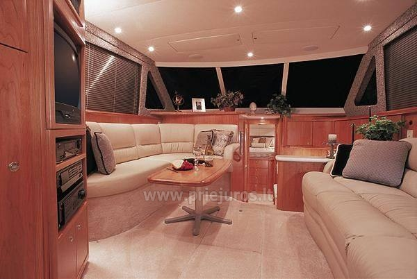 Luxury boat Silverton for rent - 3