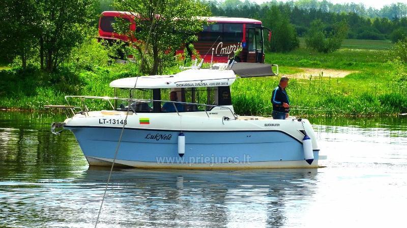 8-seat boat Luknele - 1