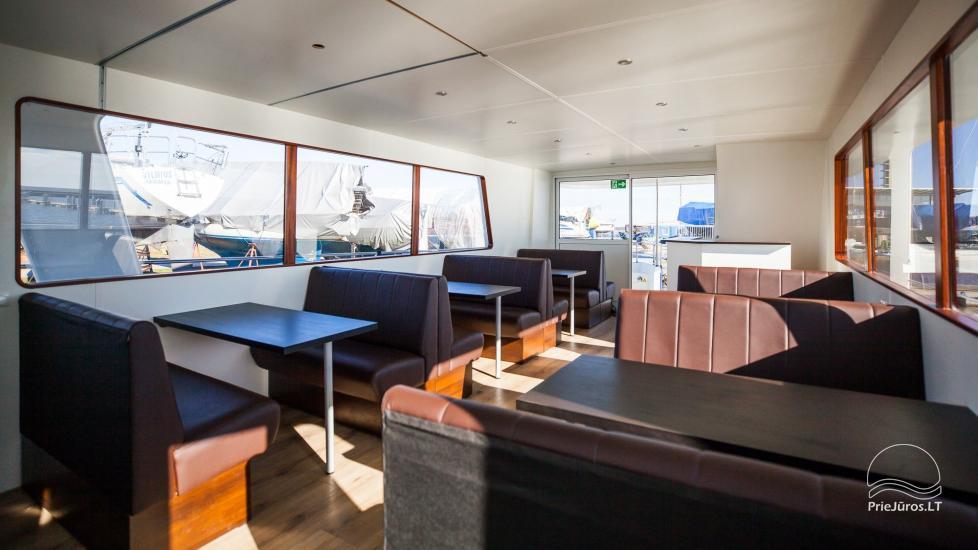 Laivo nuoma Nidoje. Naujas išvaizdus, naujausio dizaino laivas GRESA. - 2