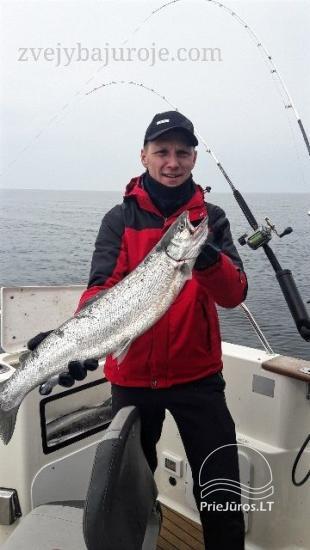 Laivo HUNTER nuoma žvejybai ir šventėms - 4