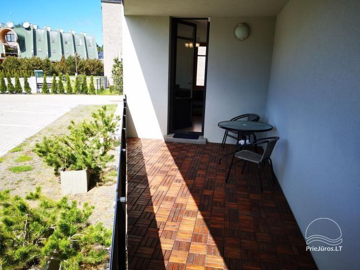 Pārdod 2 istabu dzīvokli ar terasi Palangā - 3