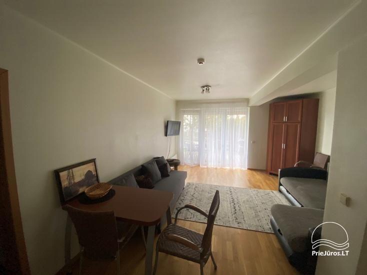 Parduodami dviejų kambarių apartamentai su terasa ant Kuršių Marių kranto - 3