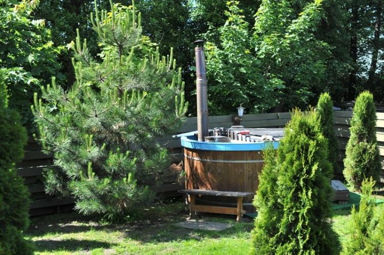 BAURE. Japanese Bath, Outdoor Swimming-pool in Resort in Palanga