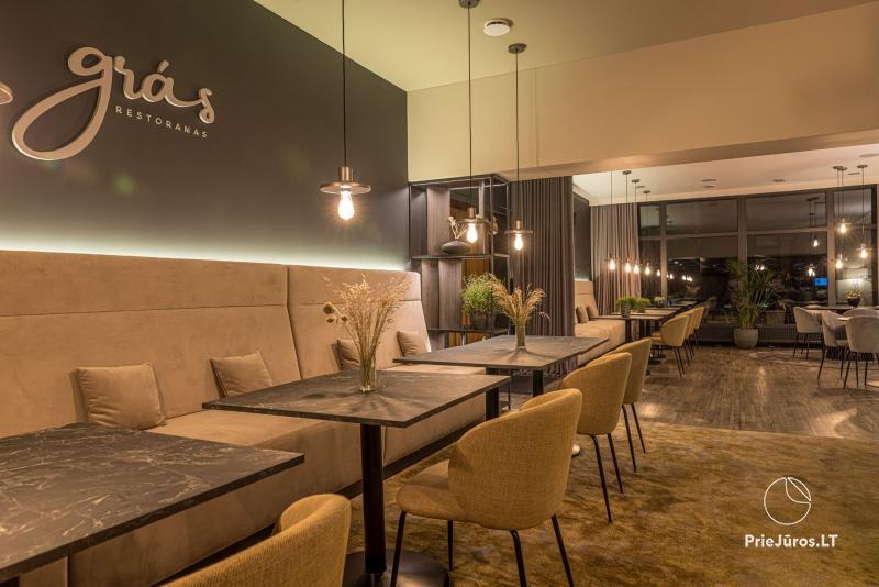 Restoranas grás Palangoje - subtilia prabanga ir moderniu minimalizmu alsuojanti aplinka Jūsų puikiam laiko praleidimui!